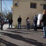 Vecinos del pasaje Juan Llerena buscan que tenga una sola mano de circulación